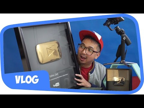 UNBOXING GOLD PLAY BUTTON !! 24 KARAT BROO !! 😍