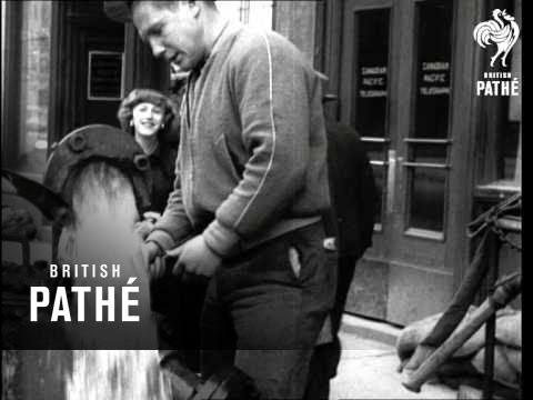 Winnipeg Wins Flood Battle (1950)