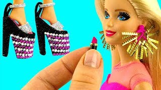 13 DIY BARBIE HACKS ~ Miniature Earrings, Hand Bags, Lipstick, Shoes, Mirror AND MORE!