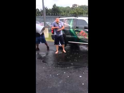 Lester Marks from 100.7 The Zone does the ALS Ice Bucket Challenge