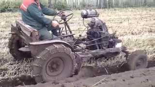Самодельная техника Азизовых(Двигатель ЗИД, задний мост с колесами от УАЗ, остальное самодельное даже КПП., 2013-10-18T15:42:53.000Z)