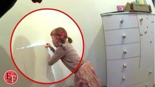 فتاة صغيرة تكتشف غرفة سرية داخل غرافتها وماوجدت فيها سبب لها صدمة