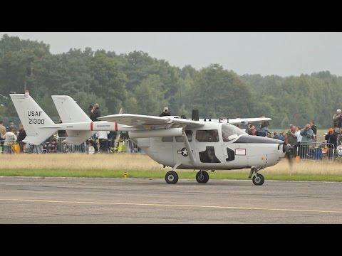 Cessna O-2 Skymaster Taxi at Kleine Brogel Airbase closeup nice Engine Sound