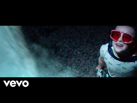 Little Big Town - Rocket Man (Official Music Video)