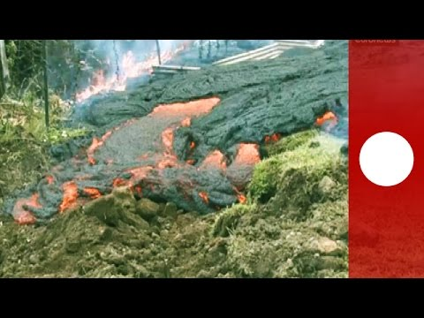 Video: Lava distruction creeps towards village, Hawaii evacuation fears