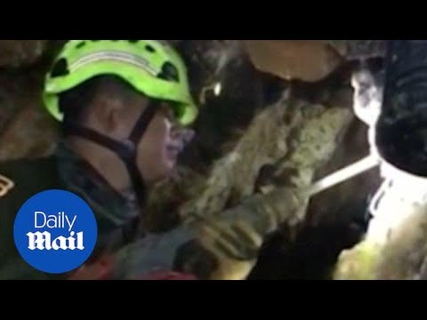 Rescuers drill into cave ahead of Thai football team rescue - Daily Mail