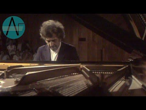 Vladimir Ashkenazy: Beethoven - Piano Sonatas Op. 101 & 109