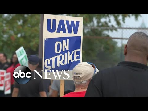 Yoboiivan - General Motors workers hit picket line after new contract talks fail.