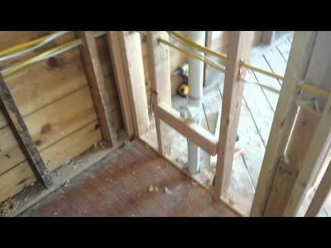 2nd floor bathroom.