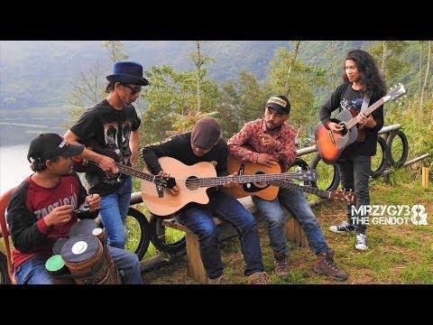 Kolam Susu Acoustic Pengamen Jos