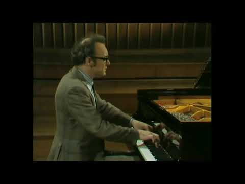 Schubert  Six moments musicaux D 780 Alfred Brendel
