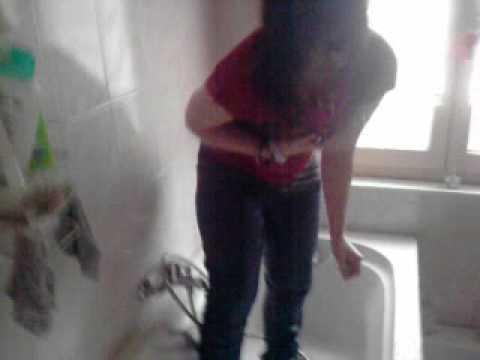Morgane sous la douche..3gp