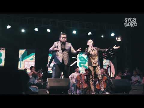 ERIX SOEKAMTI Feat NUFI WARDANA -  SAMPAI JUMPA (Live at Tebing Breksi)