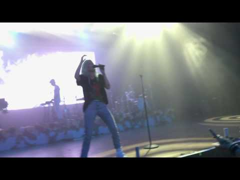 Halsey - Castle (Live Alcatraz, Milan - 27/06/17)