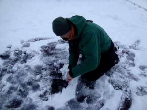 Ice fishing lake hopatcong nj youtube for Lake hopatcong fishing