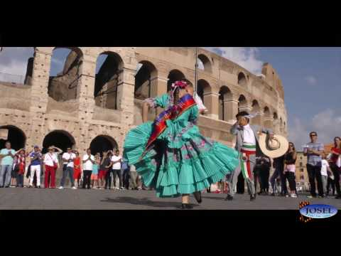 FLASH MOB DE MARINERA EN ROMA 2016 - VIDEO OFICIAL (COLISEO ROMANO)