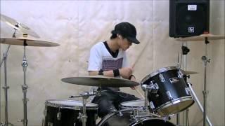 ドラムTRICERATOPSの吉田佳史。作詞作曲、高橋優。