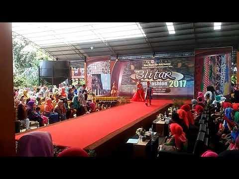 Event fashion show batik Blitar 2017