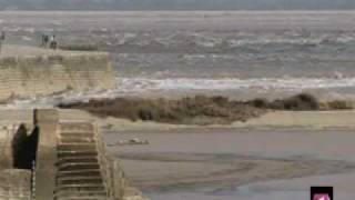 The Black Dragon: Powerful Tidal Bore in China