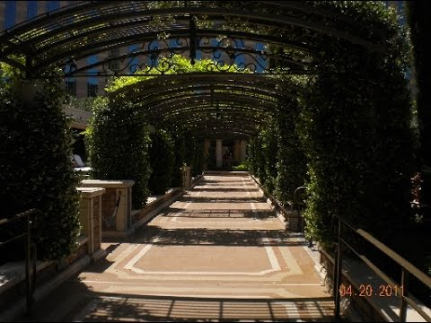 The Venetian Hotel And Casino Resort Garden And Swimming Pools In Las Vegas Usa Youtube