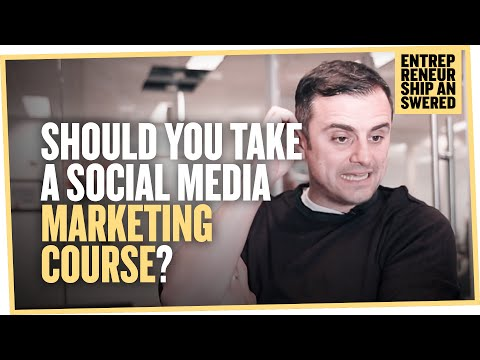 Should You Take a Social Media Marketing Course?