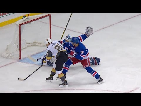 10/31/17 Condensed Game: Golden Knights @ Rangers