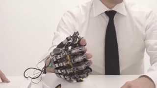 Gambar cover Hand of Hope - para la rehabilitación de la mano