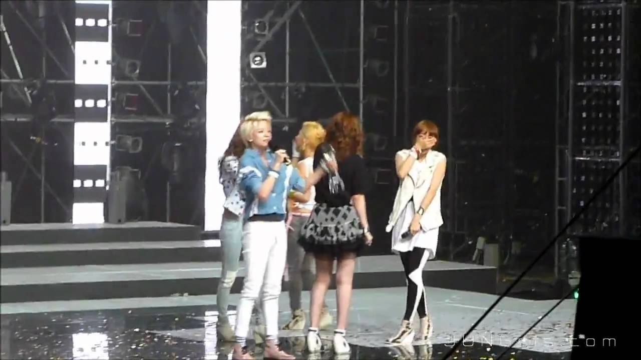 Download [Fancam] 110429 f(x) - Music Bank Encore