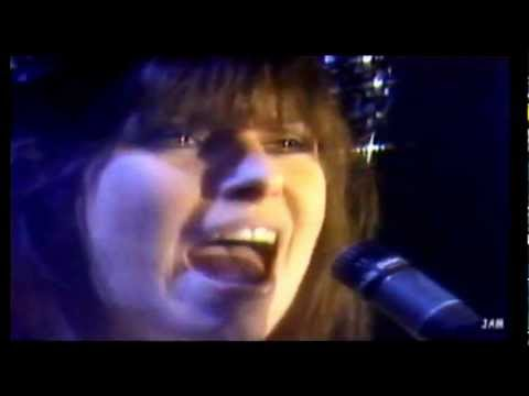 Pretenders - Middle Of The Road HD