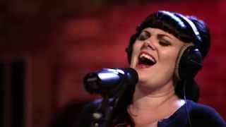 In Session: Tami Neilson - Cry Over You