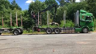 Kurzholz LKW mit aufladbaren Anhänger