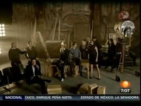 Un año más - Versión Televisa - Diciembre 2010