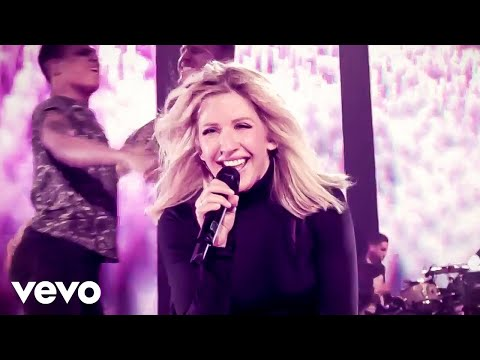 preview Ellie Goulding - Something In The Way You Move from youtube
