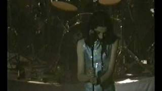 PJ Harvey Teclo / Long Time Coming live @ Kentish Town Forum, London May 11th 1995