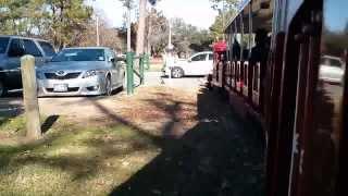 ДТП -Автомобиль врезался в детский поезд(Автомобиль врезался в детский поезд. Дети не пострадали., 2014-01-30T07:07:42.000Z)