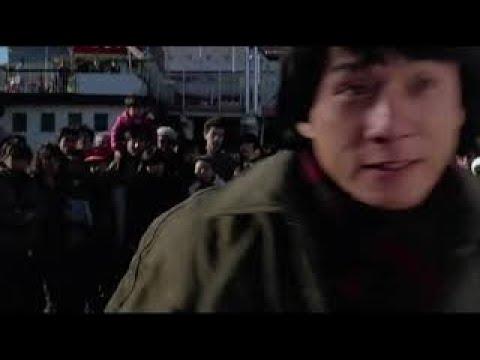 Джеки Чан,Юэнь Бяо фильм Мои счастливые звезды(1985 год) бой из фильма в парке