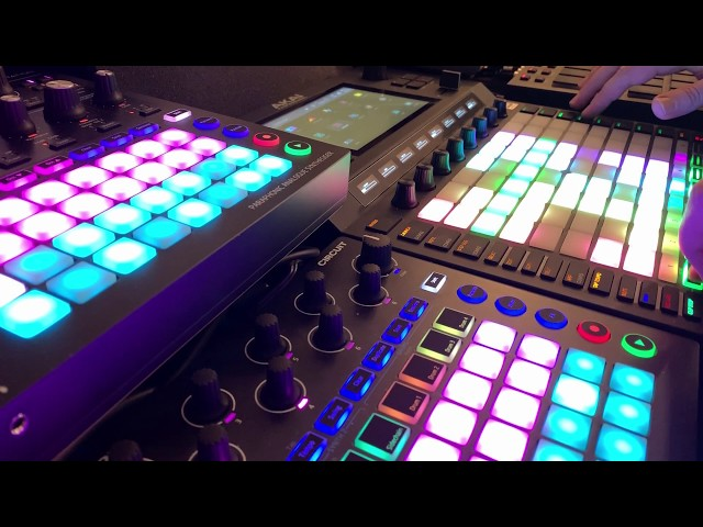 Techno meets EDM Bigroom track live on the Akai Force