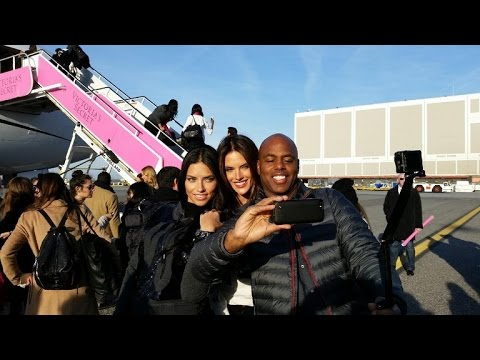 ETs Kevin Frazier Flies with the Angels as Victorias Secret Fashion Show Heads to London