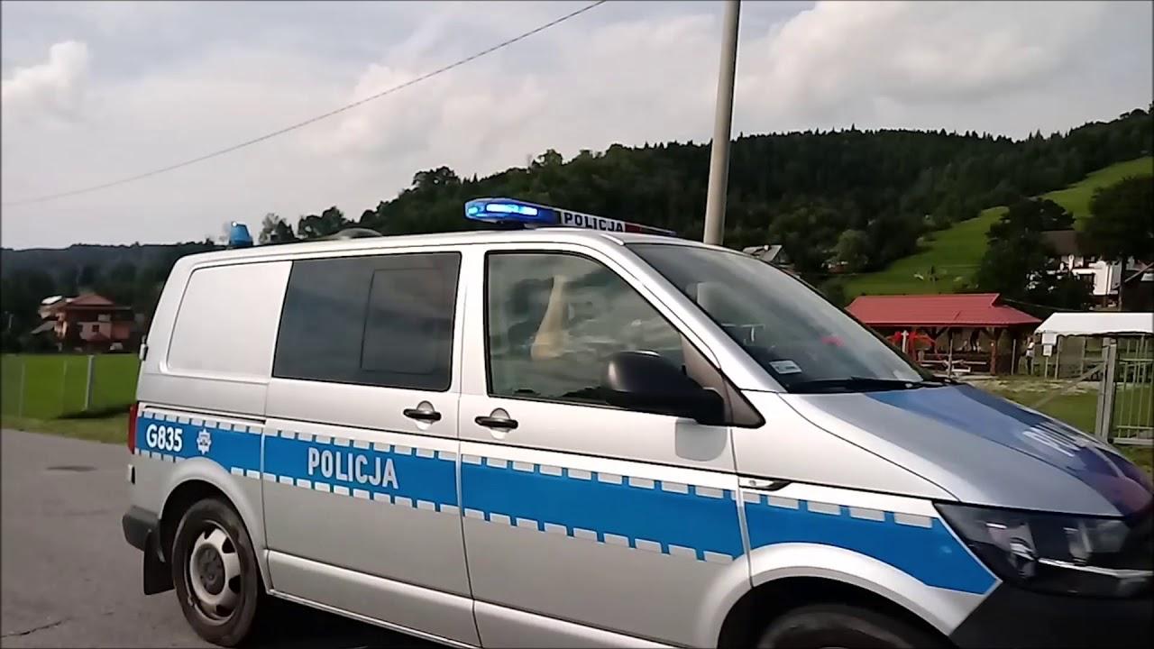 Radiowóz G835 z KMP Nowy Sącz alarmowo!
