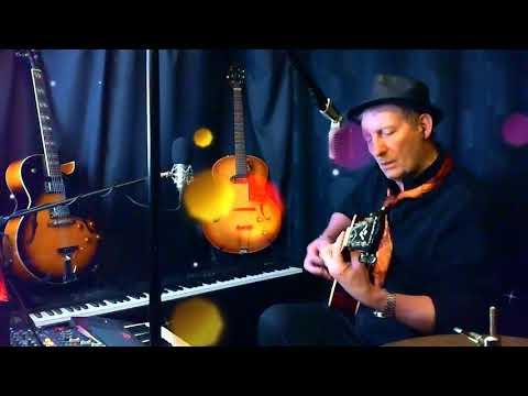 A credit et en Stereo Live Studio chant et guitare acoustic by Dadymilles