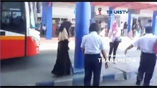 Download Video Heboh Wanita Bercadar Linglung, Membuat Panik Penumpang Bus MP3 3GP MP4