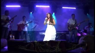 Música brasileira_Cristina Caetano_ Show Clara do Brasil__Canto Negro