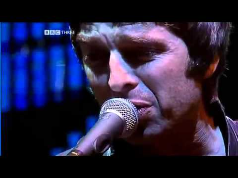 Oasis - Stop Crying Your Heart Out [Live Glastonbury - 2004]