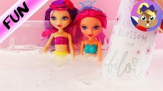 Barbie Mini mořské panny plavou   Zábava s pěnou do vany Video