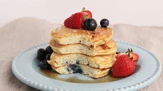 Coconut Pancakes 🍴 Episode 1062