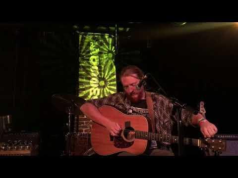 Tyler Childers Residency in Nashville, TN (Night 3) Sept. 25 2017 Solo Acoustic & Full Band