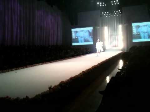"""LIZ LISA Collection """"Japan Fashion Week in Tokyo 2010"""" 1/2"""