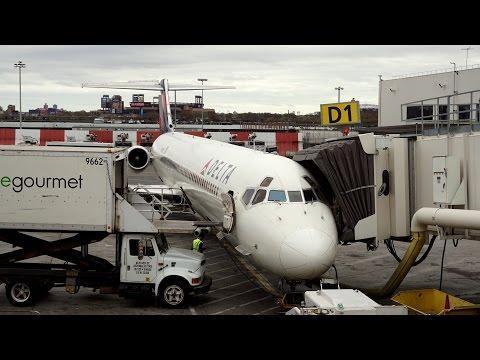 Delta Air Lines ✈ McDonnell Douglas MD-88 [N918DL] ✈ Atlanta - New York ✈ 18 NOV 2015