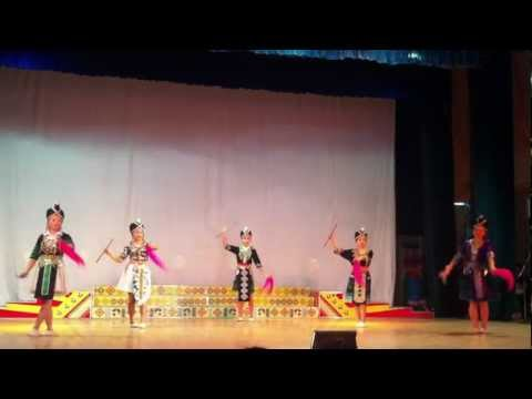 Sinh vien Lao tai truong cao dang Son la