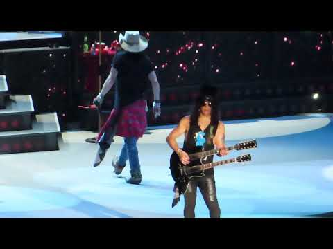 Guns N' Roses - Knockin' On Heaven's Door - Live in Jakarta 2018 Mp3